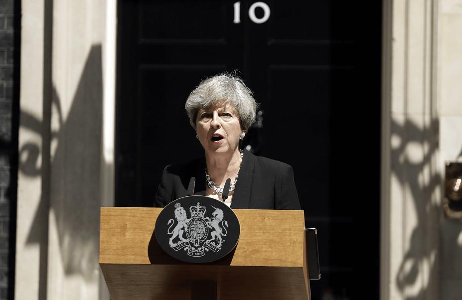 La primera ministra británica, Theresa May, habla del ataque a mezquita en Londres