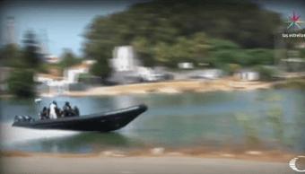 Lancha tripulada por traficantes de hachis en el Río Guadarranque, al sur de España