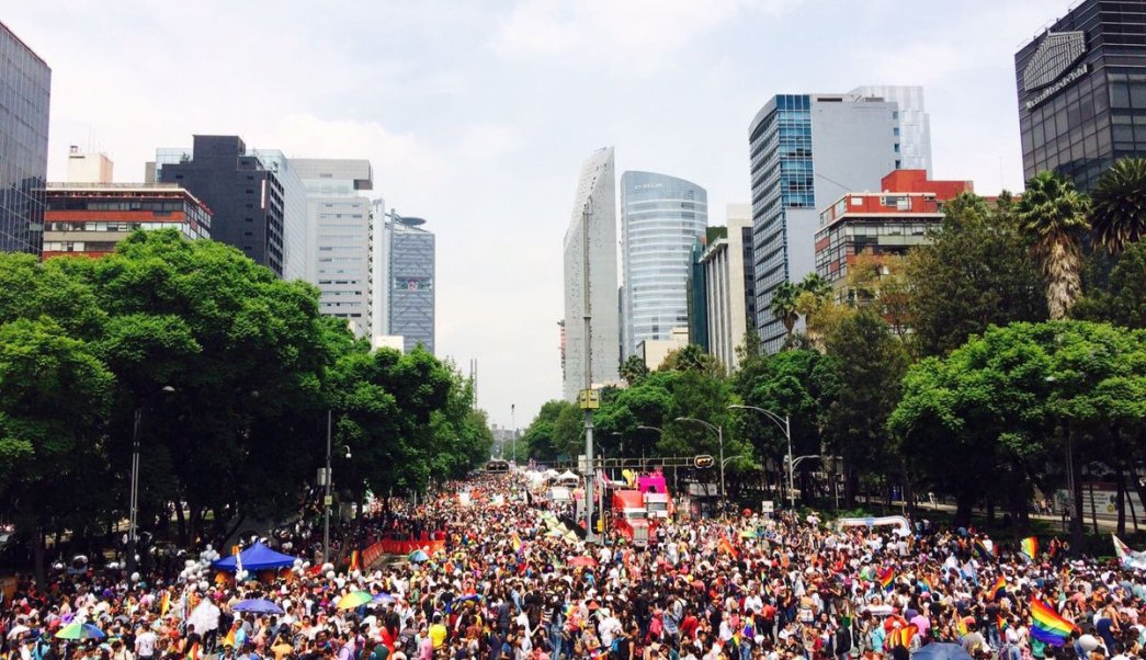 Marcha Del Orgullo Gay Ciudad De Mexico, Marcha Gay En El Mundo, Gay, Homosexual, Lesbiana, Ciudad De Mexico, Paseo De La Reforma, LGBTTI, Contingente, Televisa News