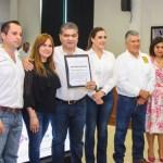 Miguel Riquelme recibe constancia de gobernador electo en Coahuila