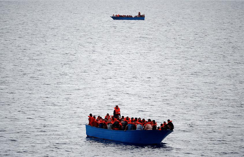 Al menos 126 migrantes desaparecidos tras naufragio en el Mediterráneo
