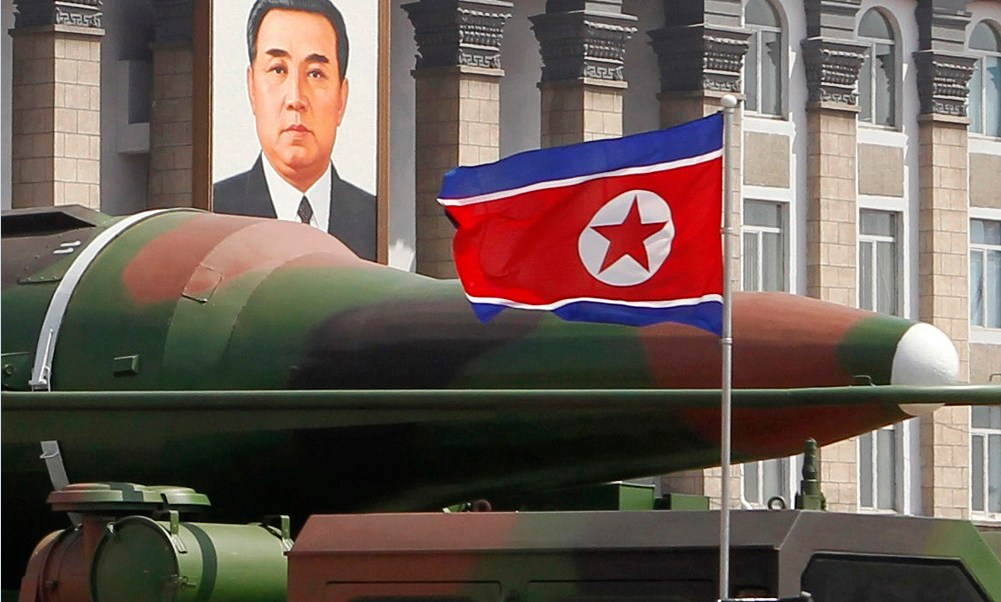 Muestran misiles norcoreanos