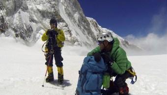 Nepal mide el Everest para ver si encogió tras terremoto del 2015. (AP, Archivo)
