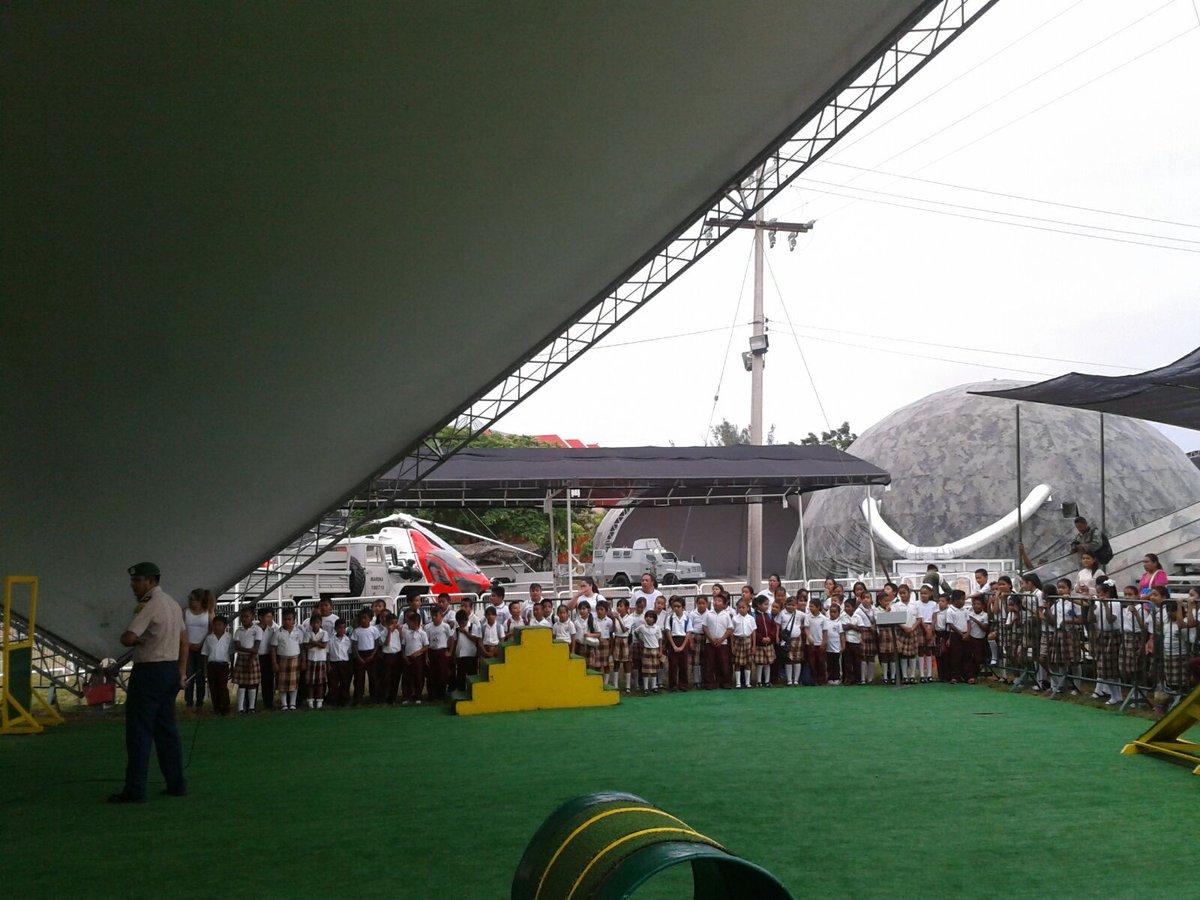 Niños convivieron con los militares en la Expo. Militar Fuerzas Armadas pasión por Servir a México