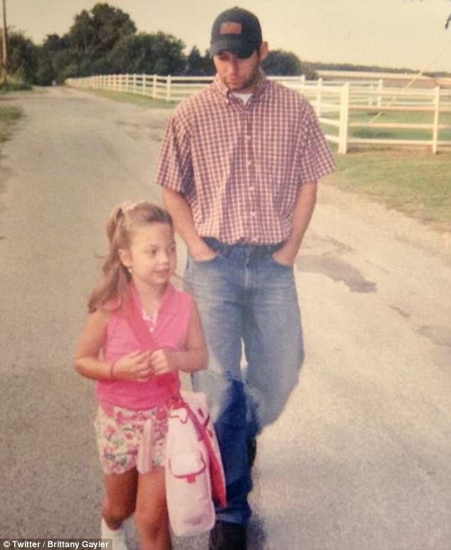 Padre, Hija, Trece años, Internet