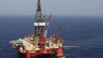 Petróleo mexicano pierde 66 centavos Pemex