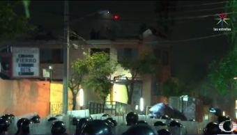 policias desalojan edificio en la ciudad de mexico