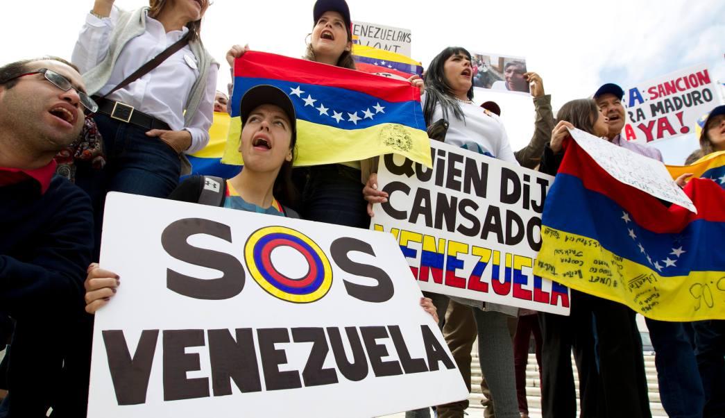Protesta con Nicolás Maduro en la OEA