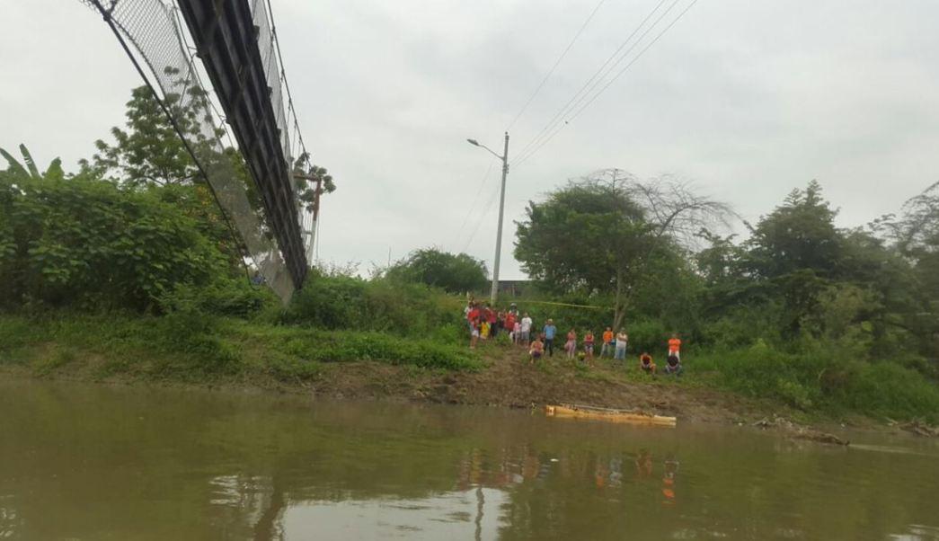 Puente, Desploma, Ecuador, Heridos, Manabí, Servicios de Emergencia,