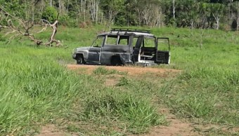 Hombres armados, Mesetas, Colombia, queman auto, mesetas