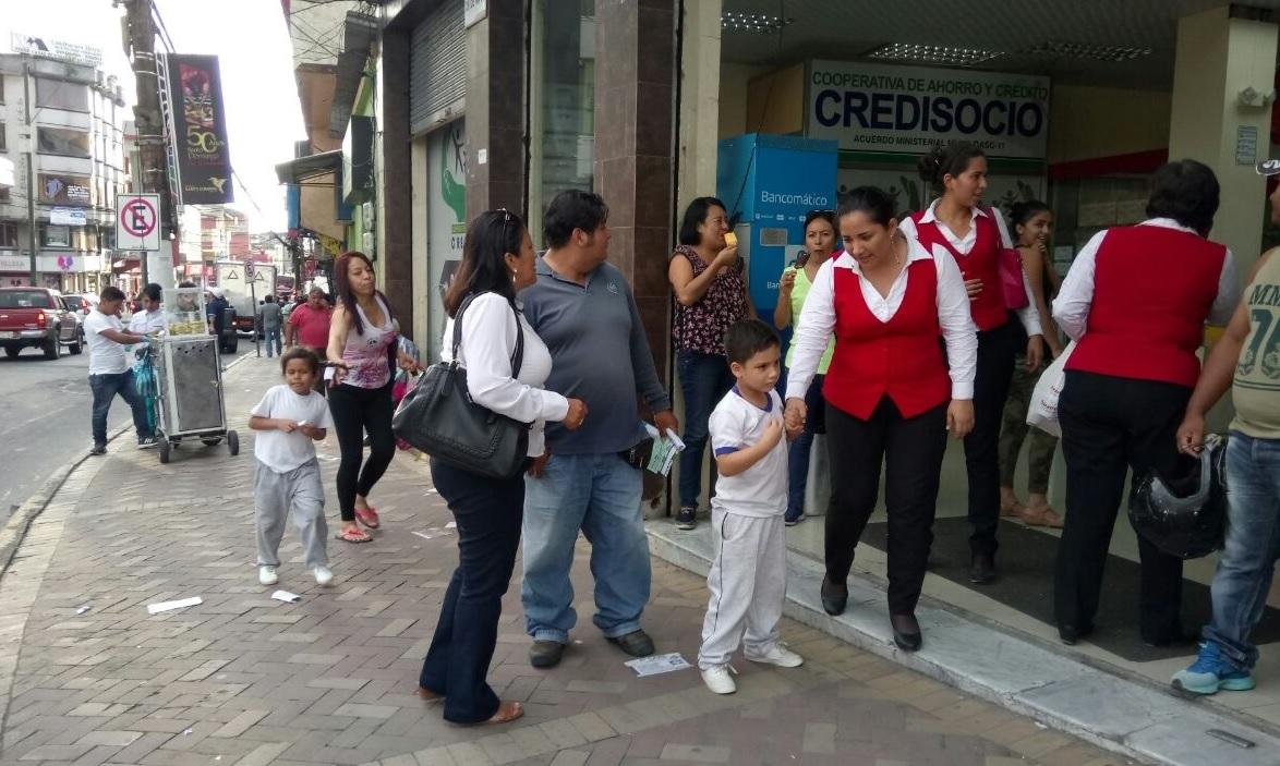 Sacude sismo de 6.0 grados a Ecuador