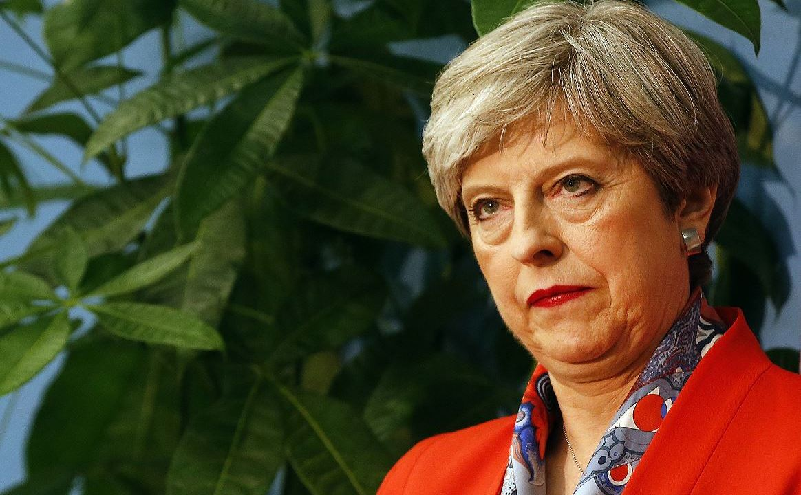 Reino Unido,Theresa May, Dimitir, Perder, Mayoría Absoluta, Cámaras de los Comunes