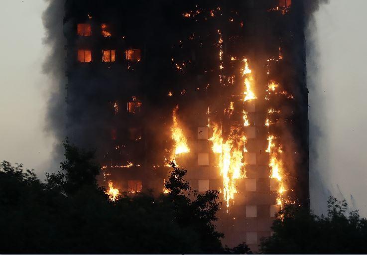 Incendio, Torre Grenfell, Refrigerador, Londres, Policía de Londres, Muertos, Heridos, Fuego