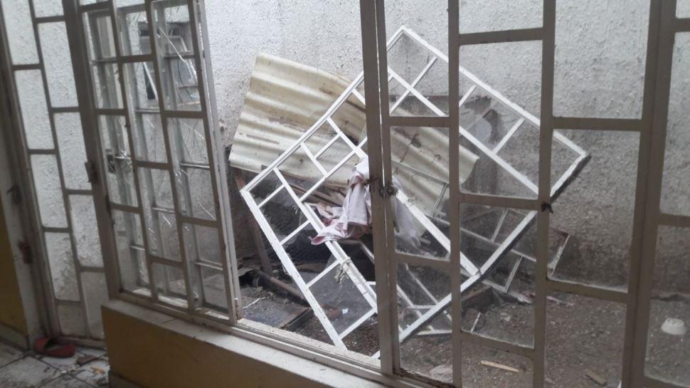 Ventanas afectadas por una explosión en Zapopan