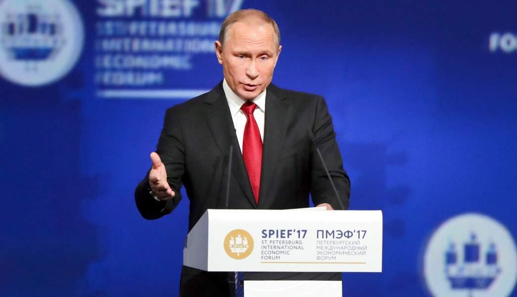 Vladimir Putin en el Foro Económico de San Petersburgo