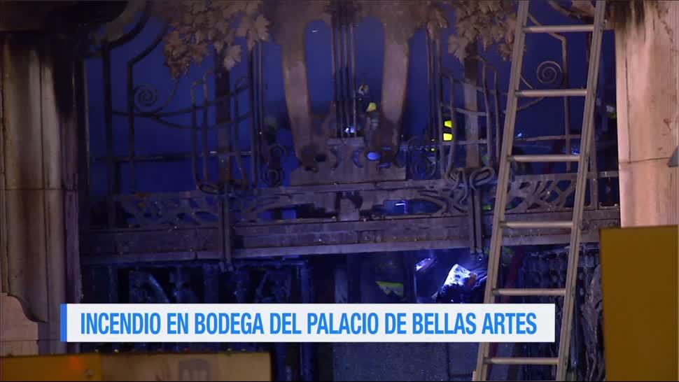 Incendio, bodega, Palacio de Bellas Artes, madrugada
