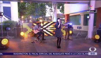 Estudio Al Aire Cantante chilena Mon Laferte Temas incluidos Gira #AmarrameTour