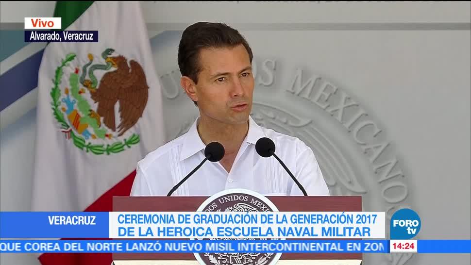 Epn Encabeza Ceremonia Graduacion Marinos Escuela Naval Enrique Pena Nieto