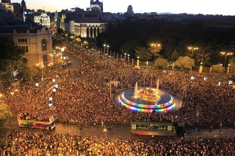 La manifestación masiva fue el punto cumbre de los 10 días del festival World Pride 2017 (EFE)