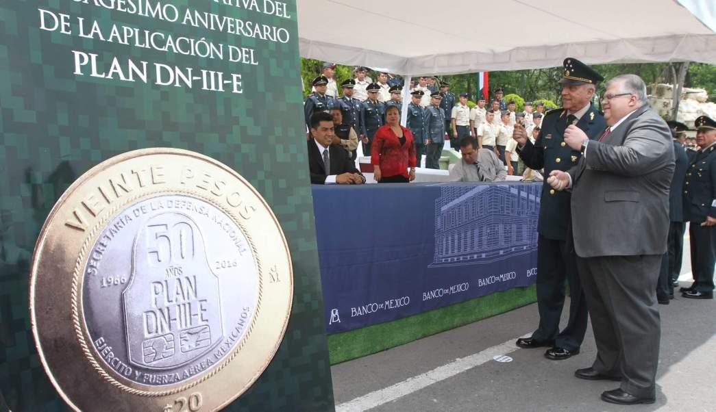 Agustin Carstens, Banxico, Moneda Conmemorativa