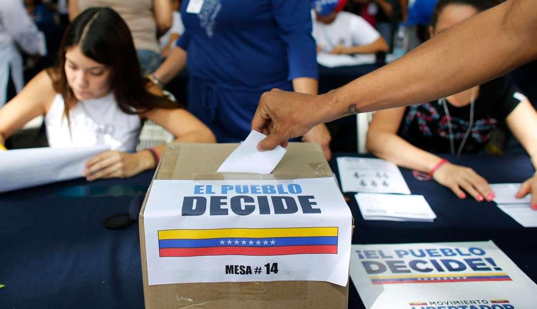 Centros de votación, consulta popular, Gobierno de Nicolás Maduro, Venezuela