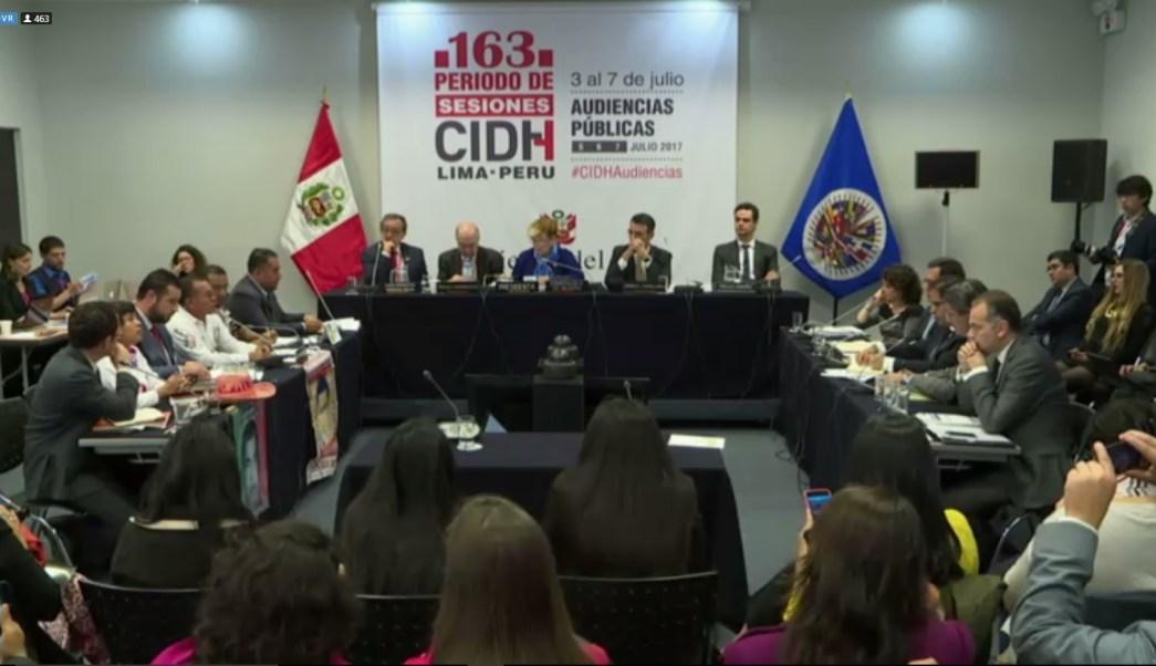 Sociedad civbil acude a audiciencia sobre ayotzinapa