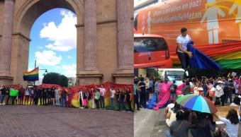 Integrantes, Movimiento LGBT, Impiden Marcha, Consejo, Familia, Lesbico, Gay, Bandera Tricolor