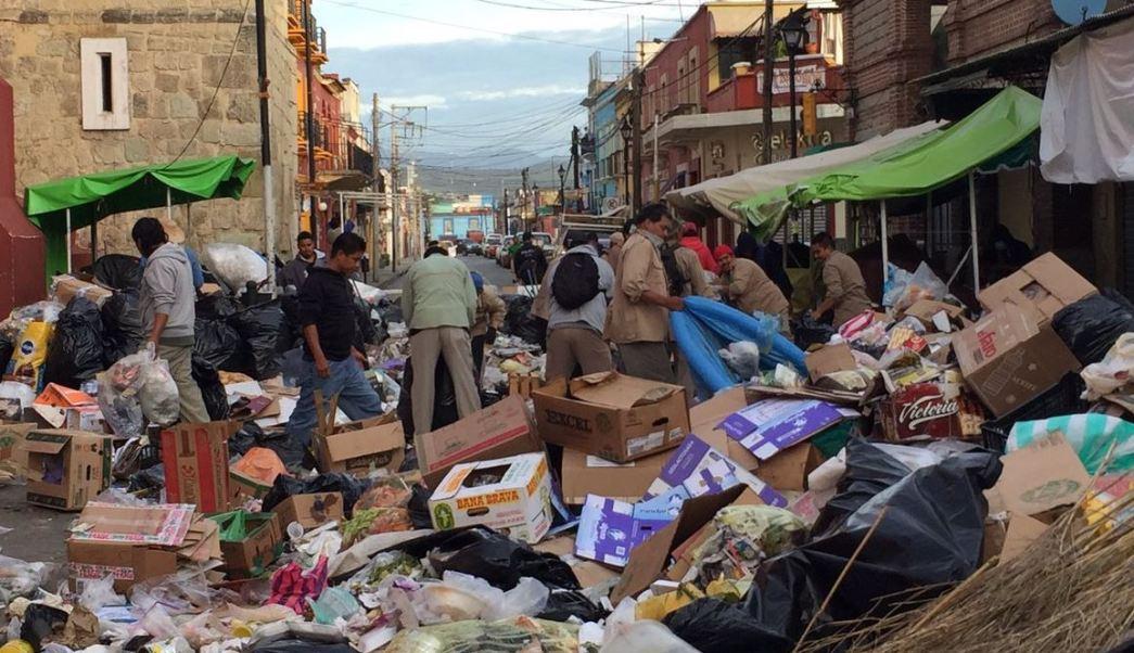 Basura, Bloqueo Oaxaca, Tiradero Metropolitano, Capital Oaxacaqueña, Noticias, Noticieros