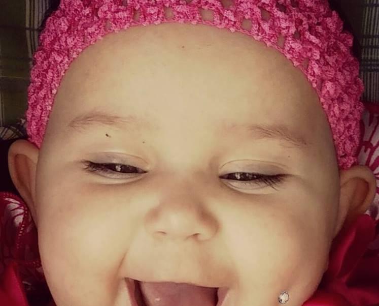 Enedina Vance una madre de Ohio, EU, posteó en redes la foto de su bebé (Facebook: Enedina Vance)