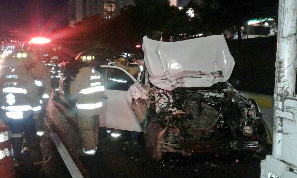 camioneta choca en la autopista mexico toluca