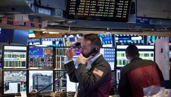 Wall Street cierra ganancias y nuevo récord Dow Jones