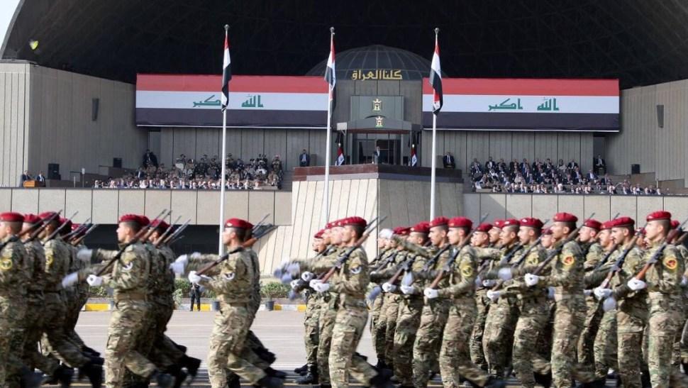 En el desfile participaron todas las secciones militares (Reuters)
