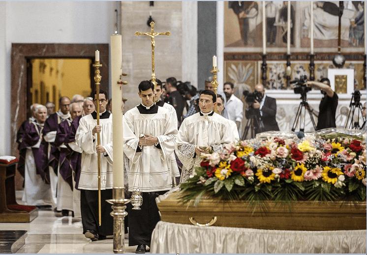 Funeral de Joaquin Navarro Valls, exportavoz del Vaticano