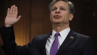 Christopher Wray jura antes de testificar ante una audiencia de confirmación del Comité Judicial del Senado sobre su nominación para ser el próximo director del FBI (Reuters)