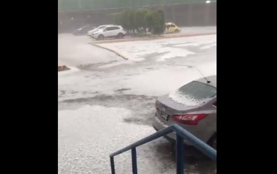 Severas inundaciones en Edomex por la lluvia y granizo