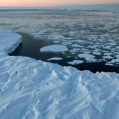 Iceberg gigante que mide 4 veces la CDMX se desprendió de la Antártida