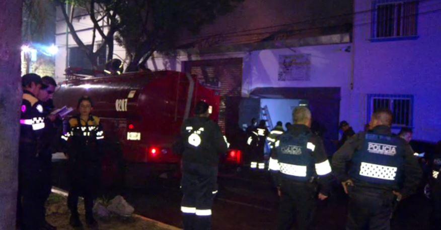 Un incendio en la colonia Industrial Vallejo, en la GAM, afecta varios choches