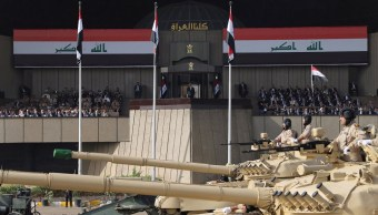 El primer ministro iraquí Haider al-Abadi asiste a la celebración de la liberación y la victoria de Mosul, en Bagdad Irak (Reuters)