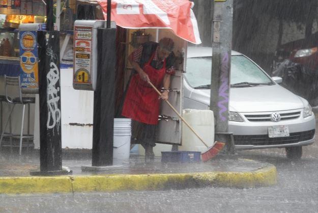Alerta Roja, Delegacion Gustavo A Madero, Tormentas, Inundaciones En El Metro, Noticias, Noticieros
