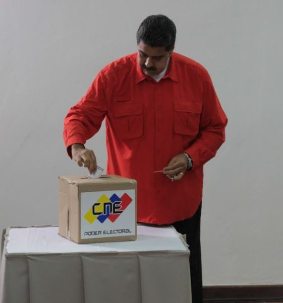 maduro vota eleccion asamblea constituyente venezuela