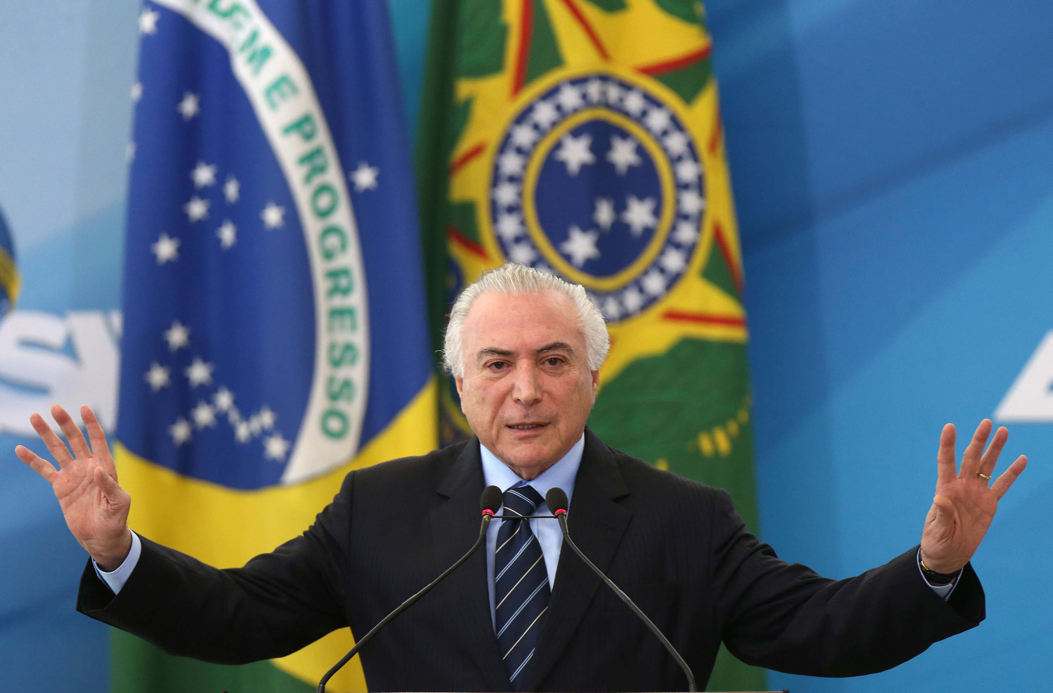Brasil aprueba profunda reforma laboral en clima de crispación