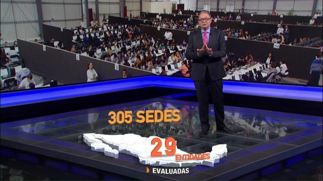Aurelio Nuño, secretario de Educación Pública, felicita a maestros, presentaron su evaluación docente
