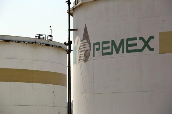 Pemex coloca deuda para cubrir necesidades de financiamiento