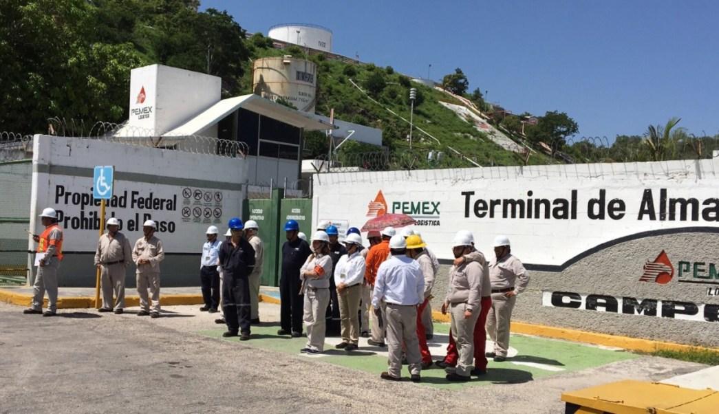 Pemex realiza simulacro por derrame en Campeche. (Twitter Tiempo Noticias)