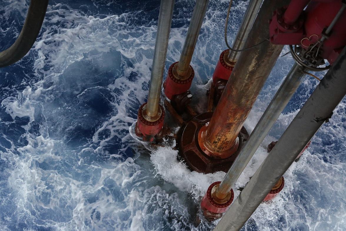 Inventarios de crudo y gasolina de EE.UU. caen en la última semana
