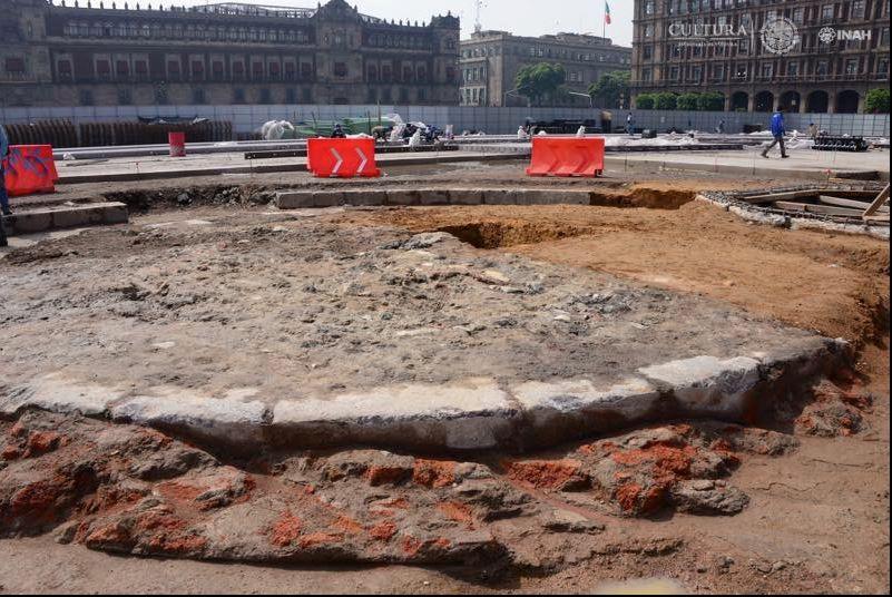 Placa Conmemorativa, Zocalo, Plaza, Constitucion, Inah, Arqueologos, Basamentos