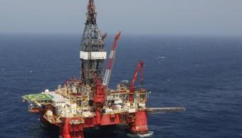 Petróleo mexicano cierra ganancia 25 centavos
