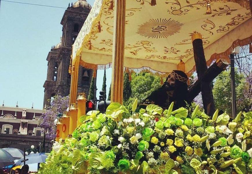 Católicos de Puebla celebran al Señor de las maravillas