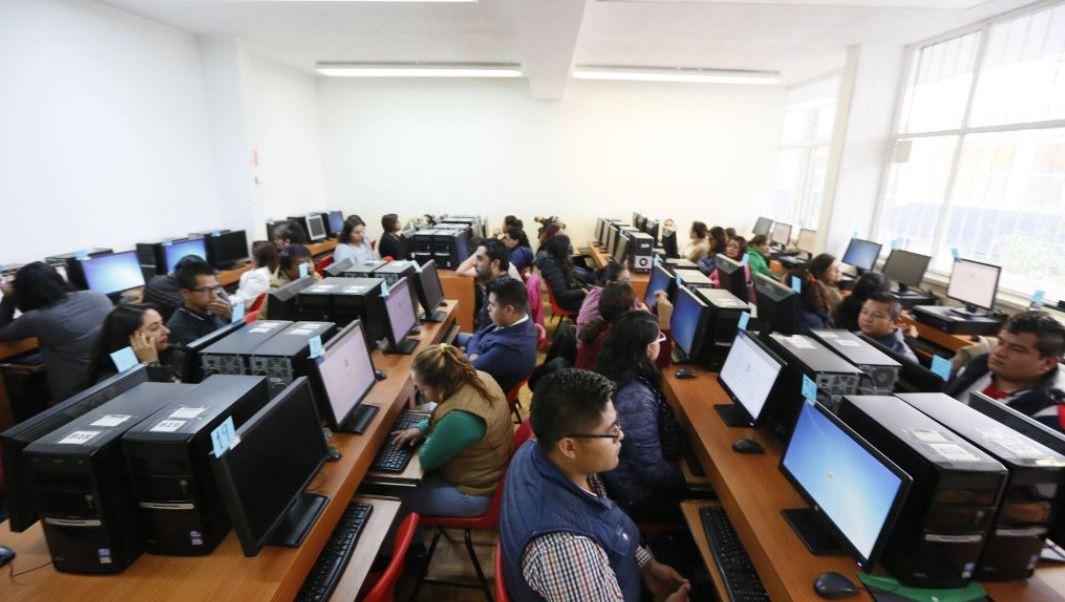 Más de 43 mil maestros presentan Evaluación de Desempeño