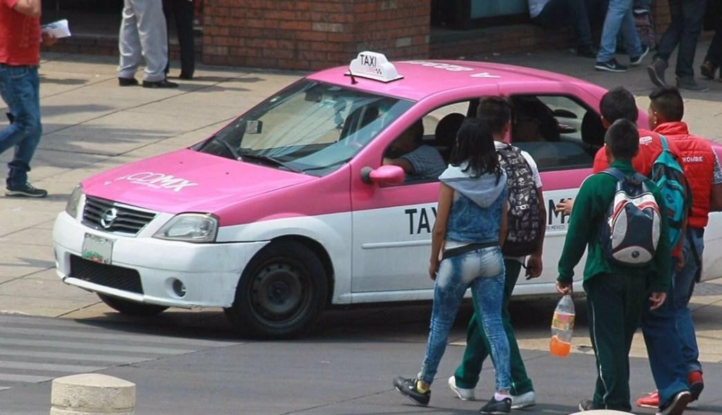 Un taxista que arrollo a un policia es liberado